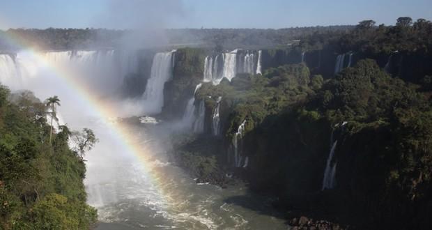 iguazu-falls-brazil-cataratas[1]