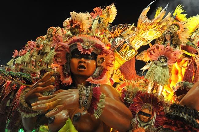 rio-carnival-carnival-samba-parade-sambadrome-float-beija-flor-samba-school-detail