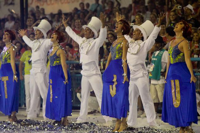 rio-carnival-samba-parade-sambadrome-samba-dancer-unidos-tijuca-abre-alas