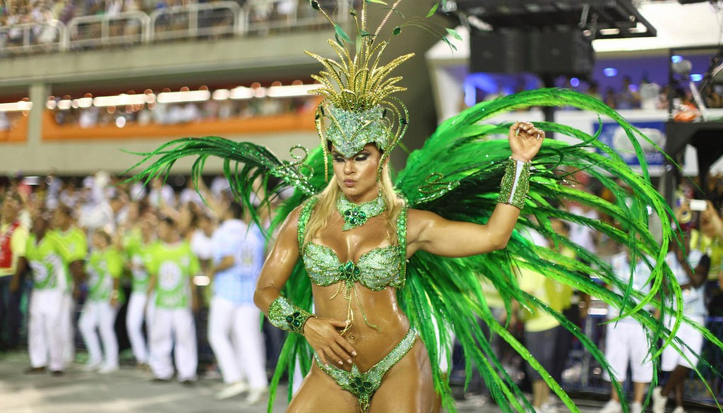 "Samba School ""Rainha da Bateria"" or the Queen of all Drummers"
