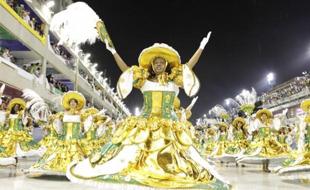 carnival-rio-costume-of-the-school-academicos-do-cubango[1]