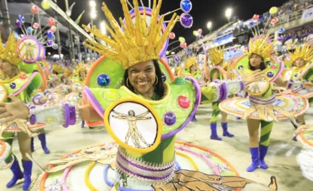 dancer-of-imperatriz-samba-school-rio[1]