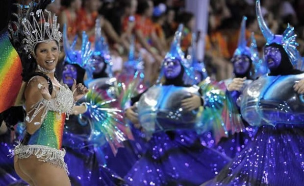 dancer-of-portela-samba-school[1]