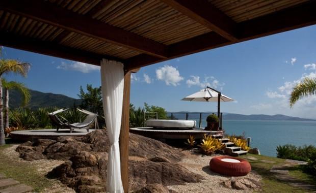 florianopolis-hotel-ponta-dos-gachos-brazil[1]
