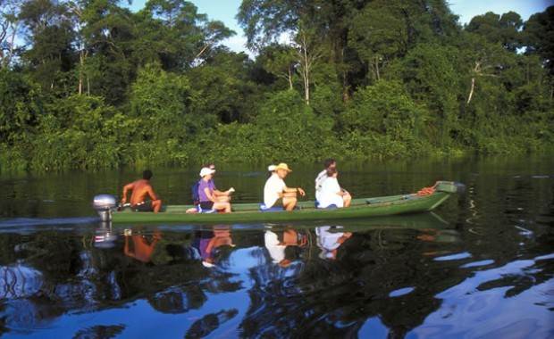 manaus-amazon-brazil-boat-at-river[1]