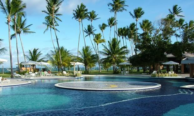 morro-de-sao-paulo-patachocas-hotel-pool-area[1]