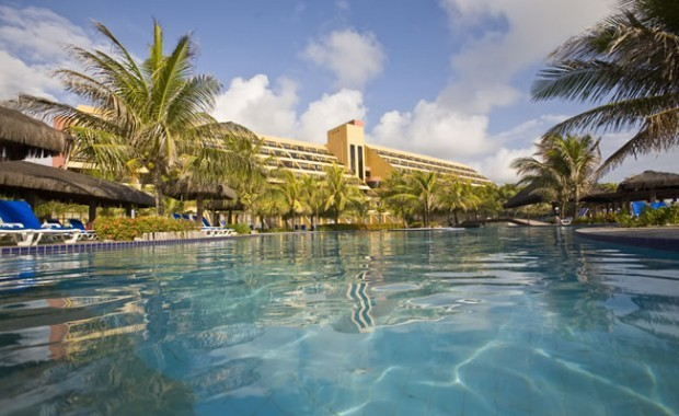 natal-rio-grande-do-norte-pestana-natal-hotel-view-from-the-pool[1]
