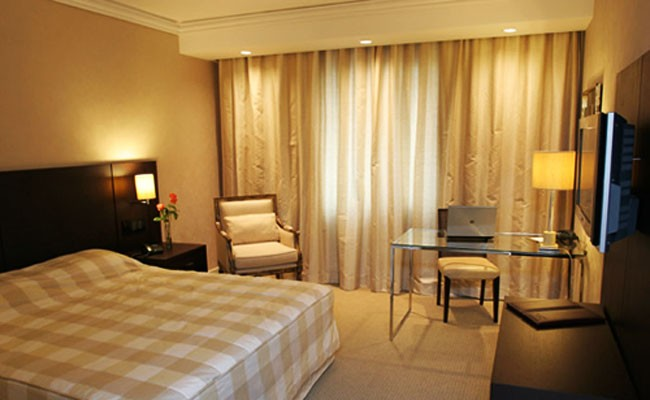 Deville Rayon Curitiba Hotel