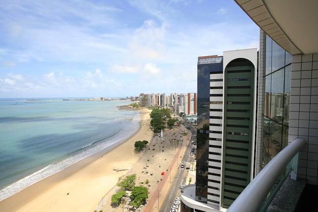 Luzeiros Hotel Hotel in Fortaleza - Beach Front View