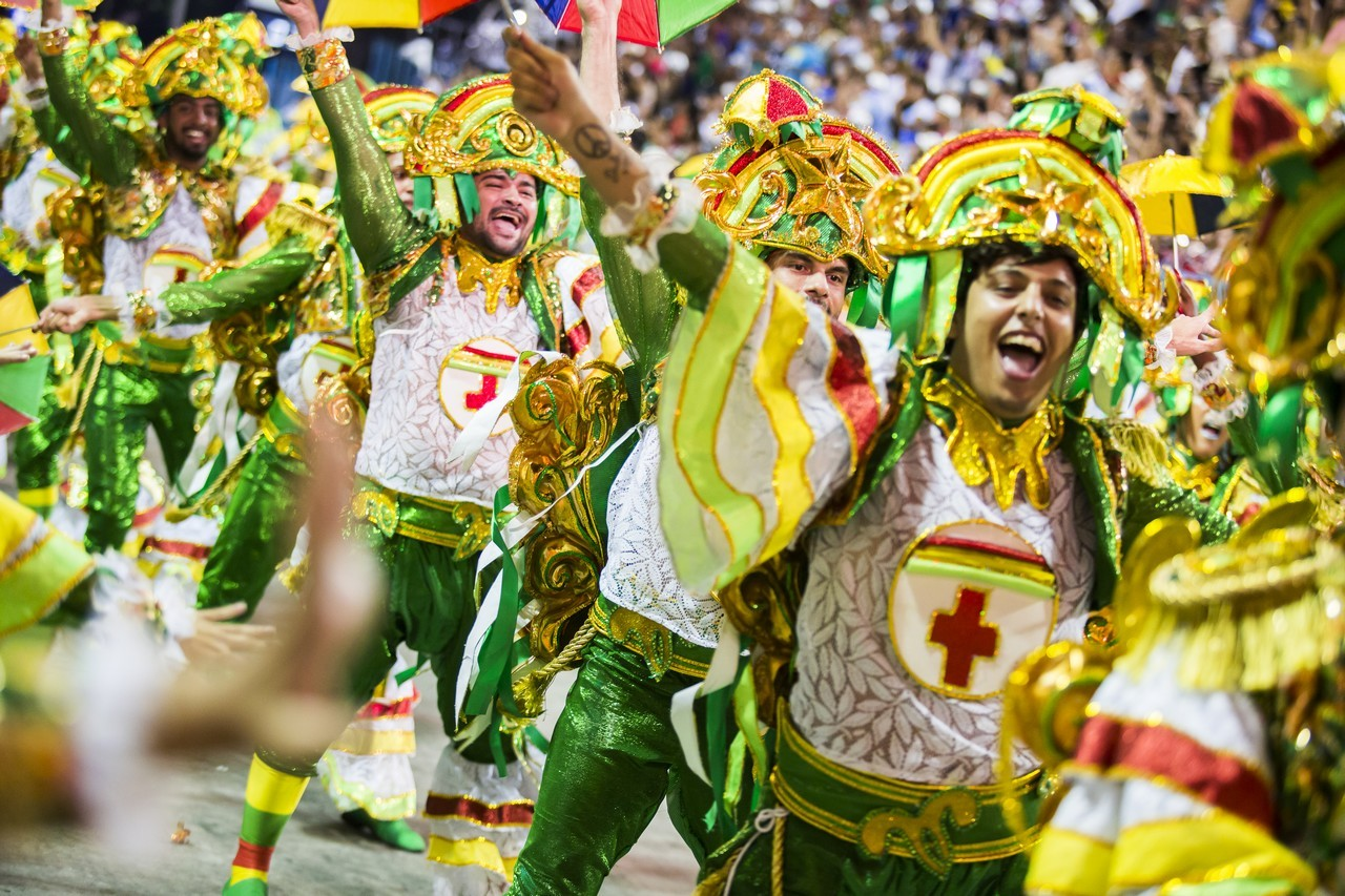The best of Rio's Carnival are the parades!