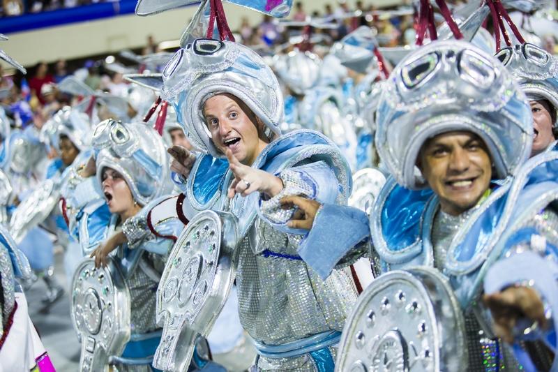Rio-Carnival-Costumes